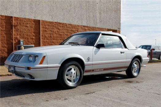 this-fox-body-1984-ford-mustang-gt-350-sold-for-71500